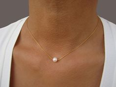Bridesmaid Gift Necklace Dainty Pearl Necklace Simple