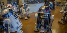 The Comprehensive Guide to Building a Realistic R2-D2 Replica http://whtc.co/8vct, pinning this for Jesse