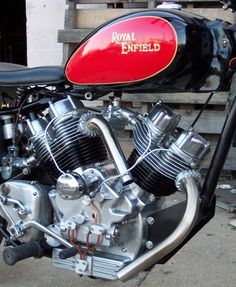700cc Royal Enfield V-Twin - The Musket