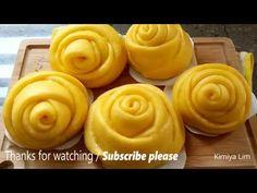 Rose Pumpkin Steamed Buns - YouTube Steam Buns Recipe, Bun Recipe, Steamed Cake, Steamed Buns, Vegan Snacks, Snack Recipes, Dessert Recipes, Rose Bun, Sweet Potato Buns