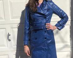 Etsy :: Jouw platform voor het kopen en verkopen van handgemaakte items Leather Jacket Dress, Trending Outfits, Coat, Jackets, Clothes, Vintage, Etsy, Dresses, Fashion