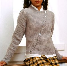 Ravelry: Asymmetric Cardigan pattern by Laura Grutzeck - pattern available only in a book Sweater Knitting Patterns, Cardigan Pattern, Knitting Designs, Knit Patterns, Hand Knitting, Hooded Cardigan, How To Purl Knit, Mode Inspiration, Crochet Clothes