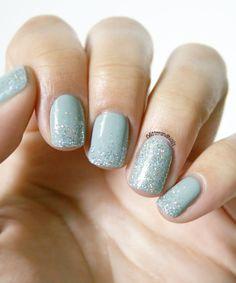 Glitter and Nails: Day of rain. Essie Maximillian Strasse Her