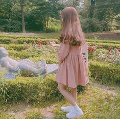 and when i say forever i mean forever. when i think about future and things i want to do you're by my side before i can even think of anything. Ulzzang Girl Fashion, Ulzzang Korean Girl, Cute Korean Girl, Asian Girl, Korean Aesthetic, Aesthetic Girl, Uzzlang Girl, Foto Pose, Kawaii Girl