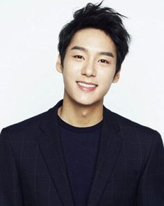 Kwak Si Yang Shares His Thoughts on Being Cast in 'We Got Married' | Koogle TV