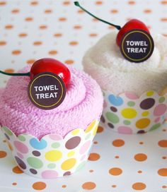 Towel Treats - cupcake towels - great for housewarming gifts - bjl