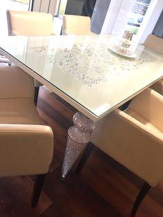 Tisch Design by Simone Pucher