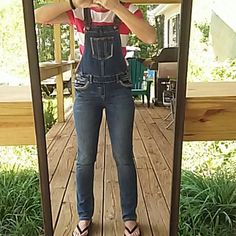 "Overall denim jeggings Cute Silver Brand overalls size 14 girls Need to be 5'1"" tallest to fit good,I'm 5'2""  ! Silver Jeans Jeans Overalls"