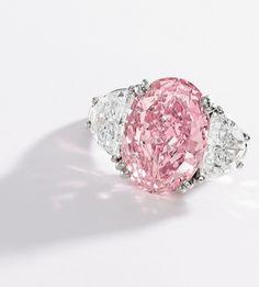 Fancy Intense Pink Diamond Ring, Oscar Heyman & Brothers