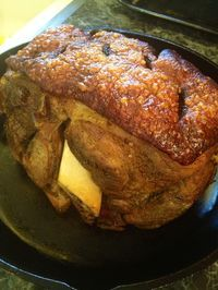 What is pernil? Well lets just say it is a heavily seasoned pork butt that falls off the bones . So tasty & succulent. Serve alongside, arroz w/ gandules, potato salad and call it a day. Enjoy by 💋❤️Diana ❤️💋. Puerto Rican Recipes, Cuban Recipes, Pork Recipes, Cooking Recipes, Recipies, Dutch Recipes, Dinner Recipes, Boricua Recipes, Armenian Recipes
