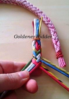 Колосок. Долго я никак взяться за него не могла. Как то попробовала, не получилось, оказалось настолько просто!!!... Всё плетение зан... Weaving Techniques, Jewelry Necklaces, Bracelets, Basket Weaving, Paper Art, Crochet, Blog, Handmade, Crafts