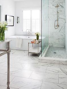Une salle de bain glamour