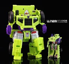 Transformers Generations Combiner Wars and Long Haul Transformers Toys, Long Haul, Cool Toys, I Movie, Cube, Action Figures, Projects To Try, War, Robot