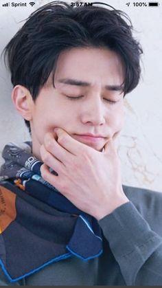 Lee Dong Wook Goblin, Lee Dong Wook Drama, Korean Star, Korean Men, Asian Actors, Korean Actors, Lee Dong Wok, Cha Eunwoo Astro, Gong Yoo