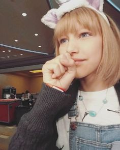 """See photos of Grace VanderWaal, the """"AGT"""" Star Simon Cowell declared """"The next Taylor Swift."""""""