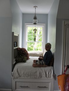 Window Seat Cape Cod Style  Could Totally Do This In The Bedroom.install A  Small Bed To Accommodate Guests!