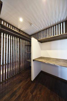 今回ご紹介するのは、築25年のマンションリノベーション。名古屋駅や名古屋城を望む抜群のロケーションのマンションは、格子や…