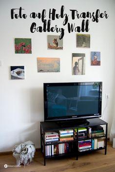 Mit der Fototransfer auf Holz Gallery Wall ist mein Wohnzimmer ein ganzes Stück persönlicher geworden und hängt die Wand jetzt voll mit Erinnerungen.