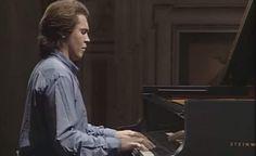 Croatian-Serbian pianist Ivo Pogorelić (Pogorelich) plays Ludwig van Beethoven's Piano Sonatas No. 27 and 32. Italy, 1987.