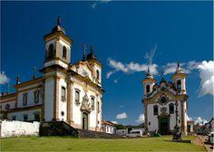 Igreja São Francisco de Assis e Igreja Nossa Senhora do Carmo, Mariana, Minas Gerais.
