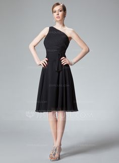 A-Line/Princess One-Shoulder Knee-Length Chiffon Bridesmaid Dress With Ruffle (007013958) - JJsHouse