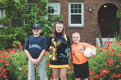 The Eddies, sports family pictures, sibling picture ideas, sibling photography
