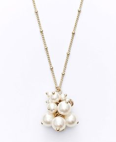 Pearlized Cluster Pendant Necklace