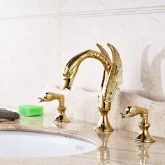 Chrome TRUSTMI 2-Handle Widespread Bathroom Sink Faucet 3 Hole Brass Basin Mixer Faucet with Ceramic Valve and cUPC Water Supply Hose Deck-Mounted