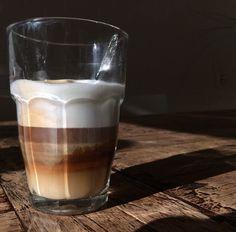 Het eerste kopje koffie in de zon! #waarde #synchroonkijken2015