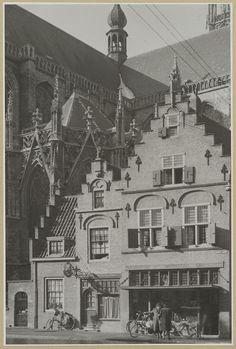Breda. Groote markt 59-61.