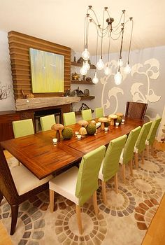 Awesome Dining Room by David Bromstad on Color Splash