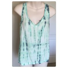 "♣️ Splendid Tie Dye Tank This is a splendid tie dye tank top. Size extra small. Made of rayon and Pima cotton. Colors are Aqua and navy. Gently worn. Mint condition. Bust 33"" length 23"". Oversized so will fit a small. TradesModeling ✅Smoke free home✅  ✅Offers considered✅ Please use the blue 'offer' button to submit an offer.   Bundle 2 or more items for an automatic 15% discount Splendid Tops Tank Tops"