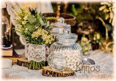 ρουστικ στολισμος γαμου διακοσμηση Centre Pieces, Rustic Decor, Diy Wedding, Boho, Baptism Ideas, Table Decorations, Flowers, Furniture, Home Decor