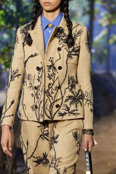 11 Remarkable Simple Fashion Hacks Incredible Tips.How To Fashion Tips Christian Dior Spring 2020 Ready-to-Wear Fashion Show - Vogue