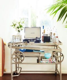 The Easiest Way To Keep Your Home Party-Ready — All The Time #refinery29  http://www.refinery29.com/homepolish/7