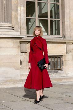 spectacular. #VikaGazinskaya in Paris.