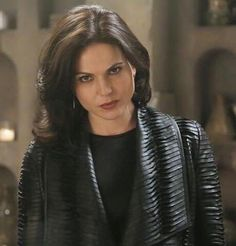 Awesome Regina (Lana) in her awesome vault in an awesome S4 Ep of Once