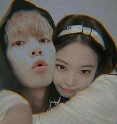 Foto Bts, Bts Photo, Bts Taehyung, Jimin, Cute Asian Babies, Bts Girl, Lee Hyun, Kpop Couples, Blackpink Memes