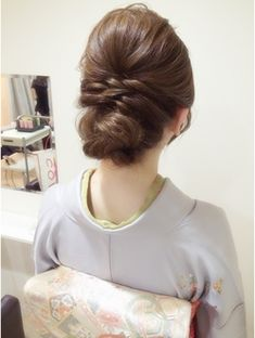 Lunon ☆ Twist Down Style- # Lunon Twist Down Style Kawaii Hairstyles, Party Hairstyles, Bride Hairstyles, Wedding Hair And Makeup, Bridal Hair, Hair Makeup, Hair Arrange, Hair Setting, Japanese Hairstyle