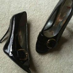 GORGEOUS jessica Simpson black heels sz 9 GORGEOUS jessica Simpson black peep toe heels with buckle detail. Worn once (as you can see on pic 4) small knick in right heel (really tiny lol) in pic 3. Perfect shoes for work or an evening out ! Jessica Simpson Shoes Heels