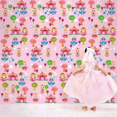 Princess Land removable wallpaper, perfect for a girl's room!