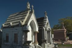 Pictures of New Orleans Louisiana | Photo 441-21: Mausoleums of Metairie Cemetery. New Orleans, Louisiana