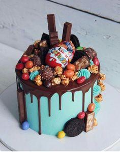 240 Likes, 3 Kommentare - Anastasi . - Adair's idea Cakes - Kuchen Candy Birthday Cakes, Candy Cakes, Cupcake Cakes, Cake Decorating Icing, Cake Decorating Techniques, Decorating Ideas, Easter Cakes Decorating, Brithday Cake, Lolly Cake