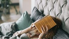 21 Websites Where You Can Read Books For Free - The Books Across Free Books To Read, Read Books, Happy Reading, Free Reading, Used Books Online, World Of Books, Inspirational Books, Latest Updates, Stress And Anxiety