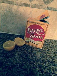 A new way to get ride of black heads ! Squeeze two lemons into a bowl and mix with baking soda. Mix the baking soda and Lemmon juice until it creates a thick paste, then apply to black head area and leave for minutes! When time is up wash of will so Blackheads On Cheeks, Face Cream For Wrinkles, Face Creams, Guys Eyebrows, Pink Streaks, Make Up Tricks, Caramel Hair, Nail Polish, Acne Remedies