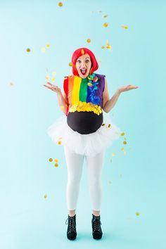 Save this easy DIY maternity Halloween costume tutorial to make a rainbow + pot of gold outfit.
