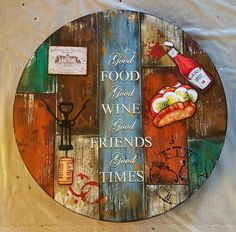 Bandeja giratoria #pinturadecorativa Handmade Crafts, Diy And Crafts, Arts And Crafts, Fabric Painting, Painting On Wood, Painted Table Tops, Barn Wood Crafts, Diy Clock, Pallet Art