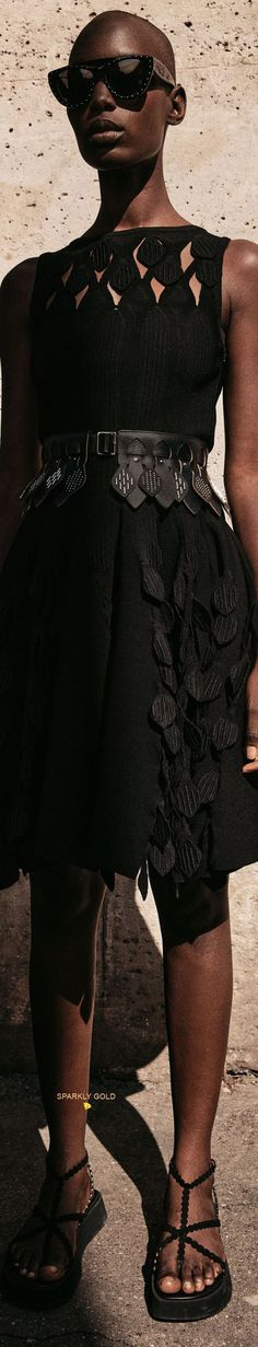 Black Diamonds, Alaia, Lace Skirt, Collections, Couture, Spring, Skirts, Beautiful, Design