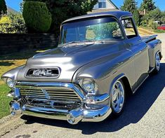 Chevy Trucks Klassiker - My list of the best classic cars Gmc Trucks, Rat Rod Trucks, Custom Pickup Trucks, Vintage Pickup Trucks, Classic Pickup Trucks, Chevrolet Trucks, Cool Trucks, 1956 Chevy Truck, Antique Trucks