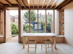 O'Sullivan Skoufoglou Architects Extend A Dewsbury Road Home London-based O'Sullivan Skoufoglou Architects have transformed a Dewsbury Road home, with an extension characterised by warmth and minimal wooden design. London Architecture, Interior Architecture, Interior Design, London Townhouse, London House, Extension Veranda, Side Extension, Timber Flooring, House Extensions